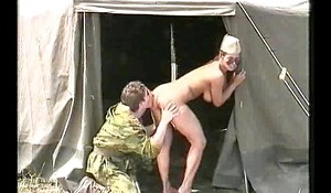 Grossi Calibri Al Ordinary-looking Militare.avi