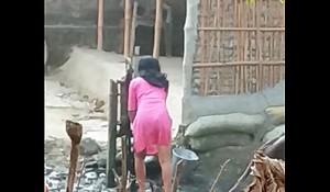 Desi sister relating to bathe so saxy