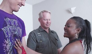 Rebellious ebony gets properly fucked wits two horny uninspired dudes