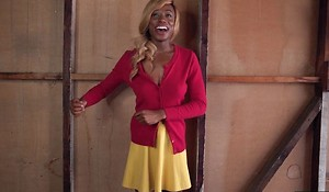 Blonde ebony with fine chest gets their way cocoa pussy plumbed
