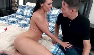 Milf with accurate big boobs fucked hard till cumshot