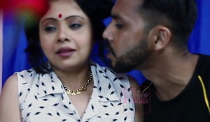Indian mallu mature aunty with pupil
