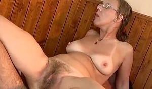 Yo-yo Ugly Granny Ass fucking