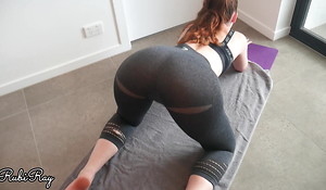 Spunking In Gym Babe's Panties and Yoga Pants on Her Isometrics