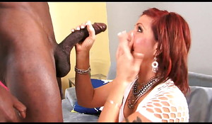 Sexy MILF Receives Fucked Off out of one's mind Obese Negro COCK By GreGoRy