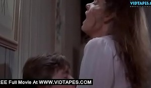 VIDTAPEXXX fuck clip - Mature woman cheating with a young boy