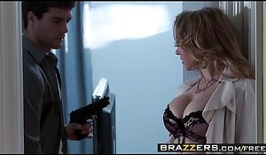 Slutty blonde (Kagney Linn, Karter Gets) her anal opening screwed and  gaped - Brazzers