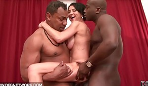 Bi-racial hardcore mature babe fucked apart foreigner yoke black knobs doublepenetrated anal